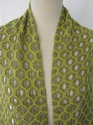 closeup of Honeycomb Shadow Lace Stole