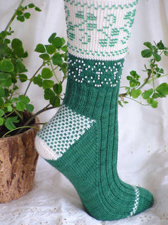 Beaded Shamrocks Socks